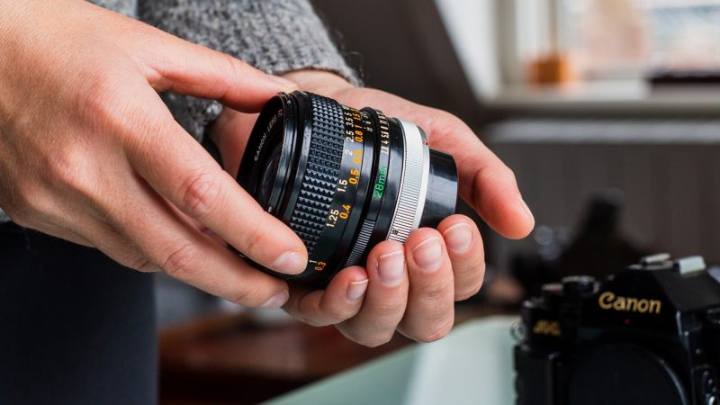 How Does a Camera Lens Affect the Quality of a Photo Explained